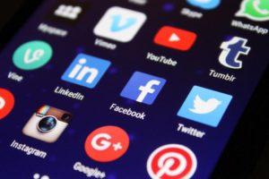 Cambridge Analytica : les données personnelles de 61 000 Belges récupérées via Facebook